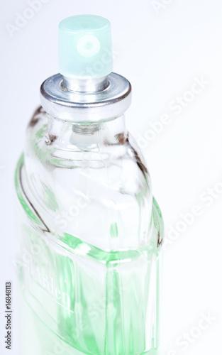 Как сделать из духов водку