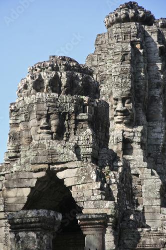 "Tetes monumentales au ""BAYON"" des temples d'Angkor"