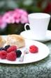 himbeeren und brombeeren zum frühstück