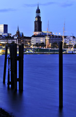 Hamburg, St. Michaelis und  Hafen