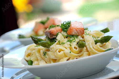 Smoked salmon pasta - 16938154