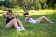 junge Frauen beim Fitness in der Natur