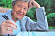 Rentnerin mit Steuererklärung IV