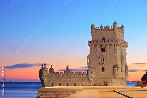 Papiers peints Chateau Tower of Belem (Torre de Belem), on sunset, Lisbon, Portugal