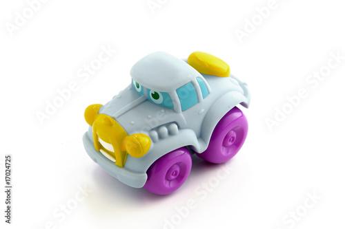 petite voiture en plastique pour enfant sur fond blanc photo libre de droits sur la banque d. Black Bedroom Furniture Sets. Home Design Ideas