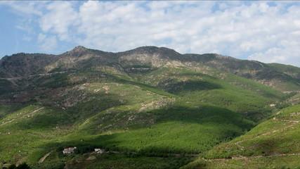 Montaña en movimiento
