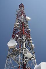 Repetidor de television en lo alto del monte Ezkaba (Nabarra).
