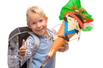 first schoolday of happy child  - Kind hat ersten Schultag