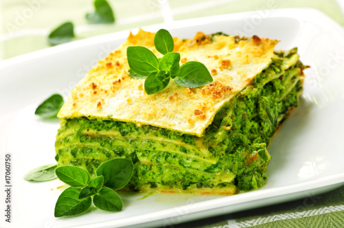 Fototapety, obrazy : Plate of vegeterian lasagna