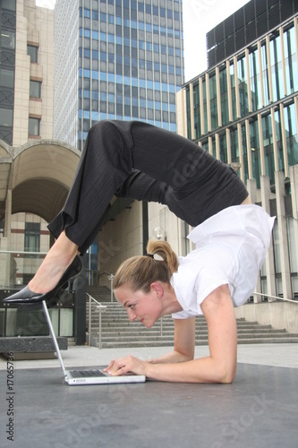 Laptop contortion