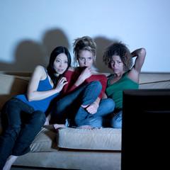 jeunes filles amies stress programme télévisuel