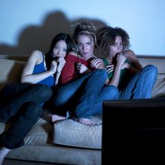 trois jeunes femmes peur film télévision