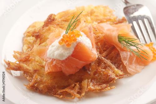 Kartoffepuffer mit Räucherlachs