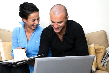 Ehepaar am Computer