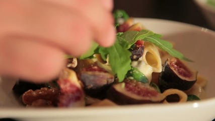 Pasta Penne with Gorgonzola & Figs
