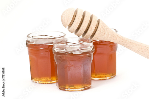 honey and wooden drizzler