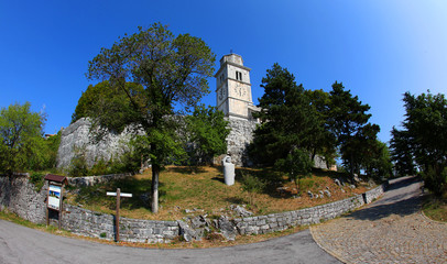 La Rocca e la Chiesa di Monrupino (4)