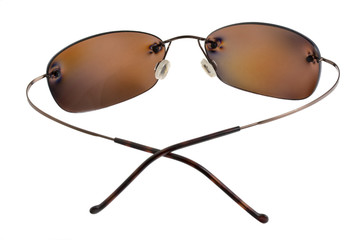 polarizing sunglasses with brown lenses