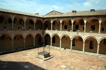 Assisi, old building