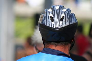 casco diseño aerodinamico proteccion cabeza ciclismo