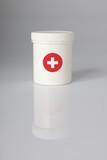 crème boite secours pansement soigner guérir urgence poster