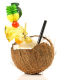 Cocktail in der Kokosnuss