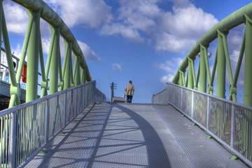 über die Brücke, hdr