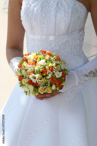 Multi-coloured bouquet 2.