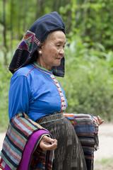 alte Frau Asien in Tracht, Laos