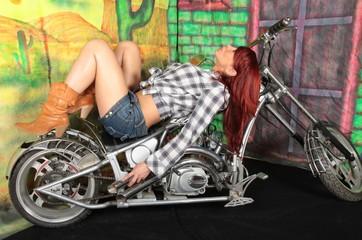 belle femme moto