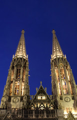 Vienna - Votivkirche - towers in nihgt