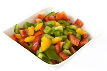 Paprika klein geschnitten in Schale