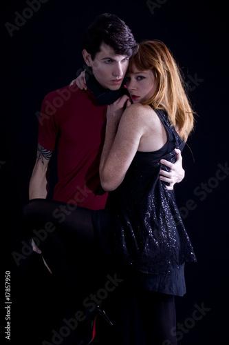 jeune couple homme et femme sensuel