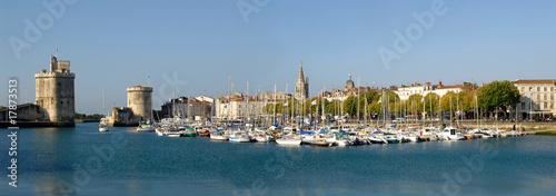 Leinwanddruck Bild Panoramique du vieux port de La Rochelle en France