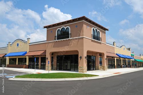 Leinwanddruck Bild New Strip Mall