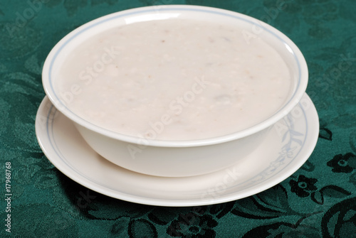 closeup cream of mushroom soup