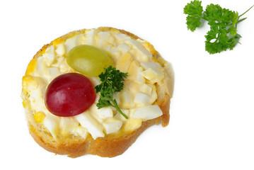 Weißbrot mit Eiersalat