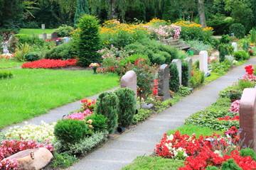 Friedhof, Letzte Ruhestätte, Gedenkstätte, Grabstätten