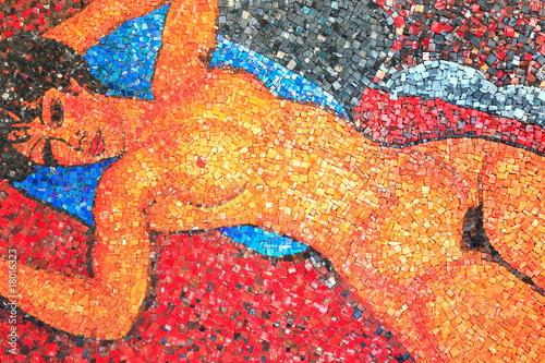 Frau, Mosaik, liegender Akt, Spilimbergo, mosaici,Friuli,Italia