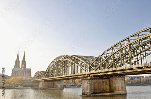 Hohenzollern Brücke - 18041195