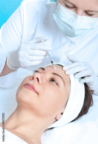 woman receiving a botox injection