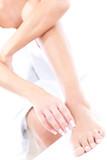 Arme und Bein von Frau bilden eine Dreieck poster