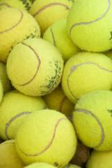 vecchie palline da tennis