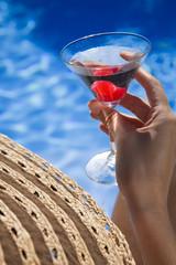 Mujer con Martini
