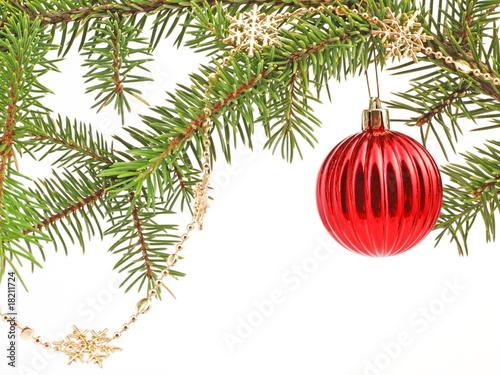 weihnachten rote weihnachtskugel am zweig von. Black Bedroom Furniture Sets. Home Design Ideas