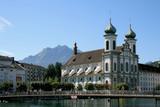 Fototapety Luzern: Jesuitenkirche und Pilatus