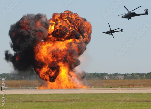 In de dag Vuur / Vlam helicopter attack