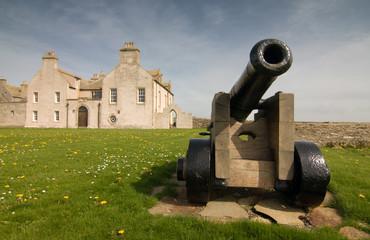 castle cannon in scotland near Skaill House