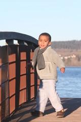 l'enfant sur le pont