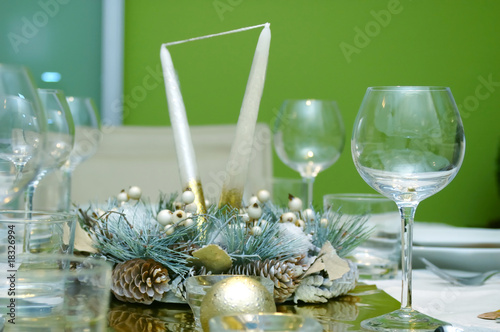 Green Celebration table setting